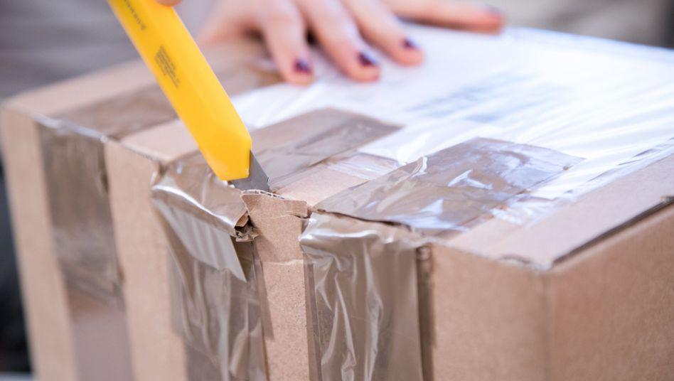 Paket (Symbolbild)