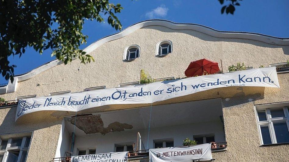 Altbau in der Sanderstraße in Berlin