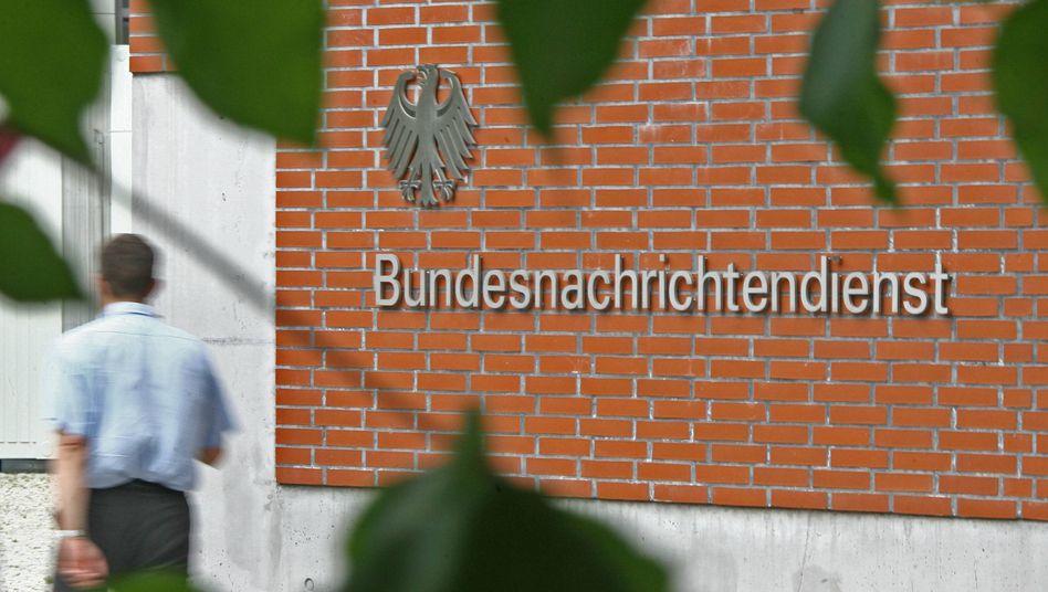 BND-Zentrale in Berlin: Millionen E-Mails auf Schlagworte hin durchsucht