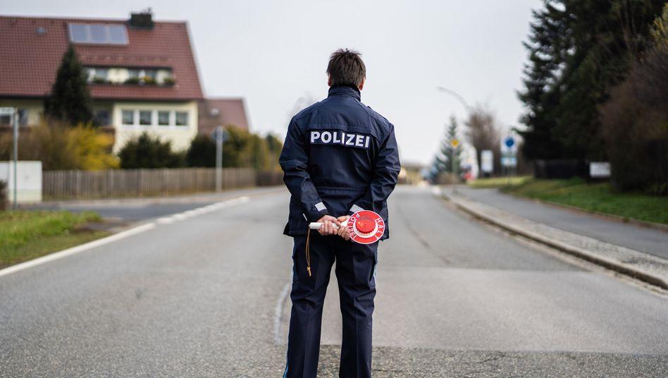 """Polizist im bayerischen Mitterteich: """"Corona-Hotspot"""""""