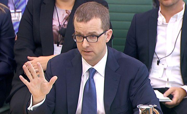 Facebook-Manager Mike Schroepfer bei einer Anhörung in London
