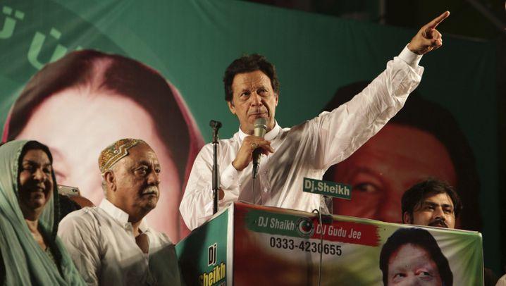 Pakistan: Viele Politiker - und wenig Auswahl