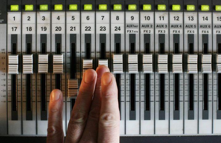 Mischpult im Tonstudio: Heute für kleines Geld als Software zu haben