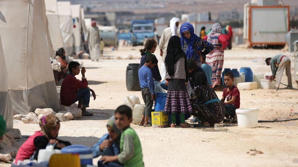 Geflüchtete im syrisch-türkischen Grenzgebiet