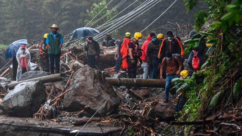 """Erdrutsche nach Tropensturm """"Eta"""" gab es neben anderen lateinamerikanischen Ländern auch in Panama"""