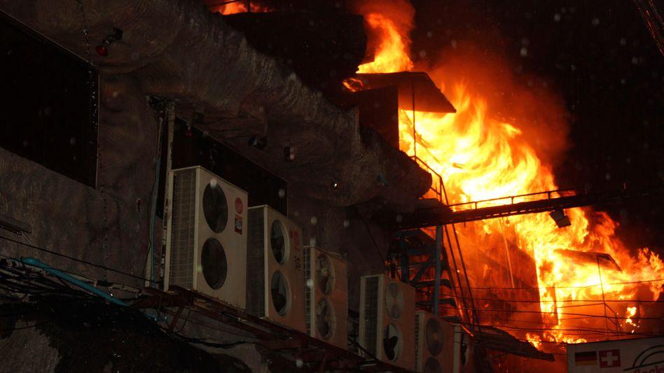 Ferieninsel Phuket: Vier Menschen sterben bei Feuer in Nachtclub