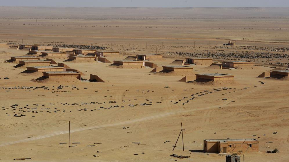 Libyen: Waffenlager im Wüstensand
