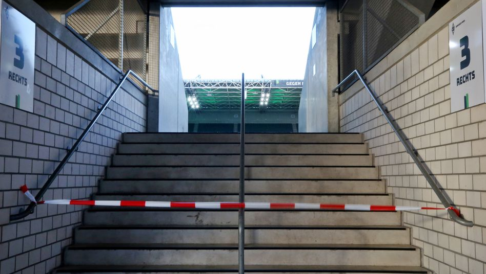 Im Fußballstadion geht nichts derzeit - die Fifpro sieht steigende Depressionsgefahr
