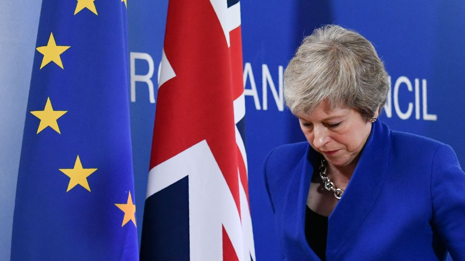 Großbritanniens Premierministerin May beim Brexit-Sondergipfel