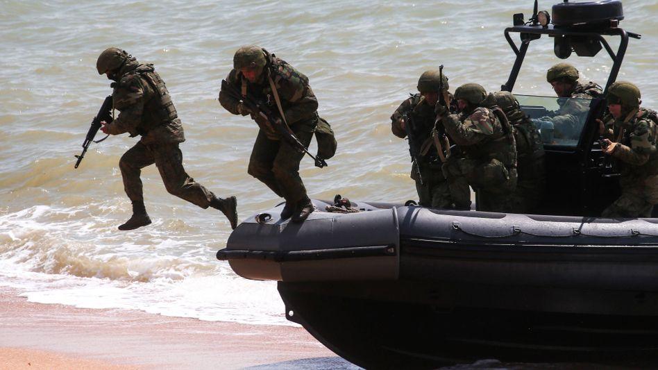 Russische Truppen bei einer Militärübung auf der Krim