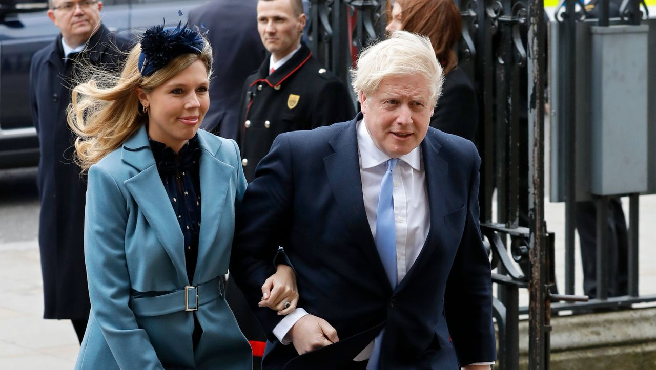 Großbritannien: Wer hat für die goldene Tapete bezahlt? Boris Johnson droht Gefahr durch eine Spendenaffäre