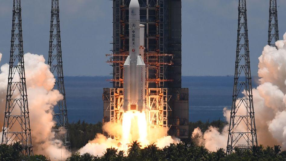Start der chinesischen Marsmission vom Raumfahrtbahnhof in Wenchang auf der südchinesischen Insel Hainan