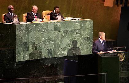 """Bush vor der Uno: """"Wir haben die Verpflichtung, Terroraktivitäten im Keim zu ersticken"""""""