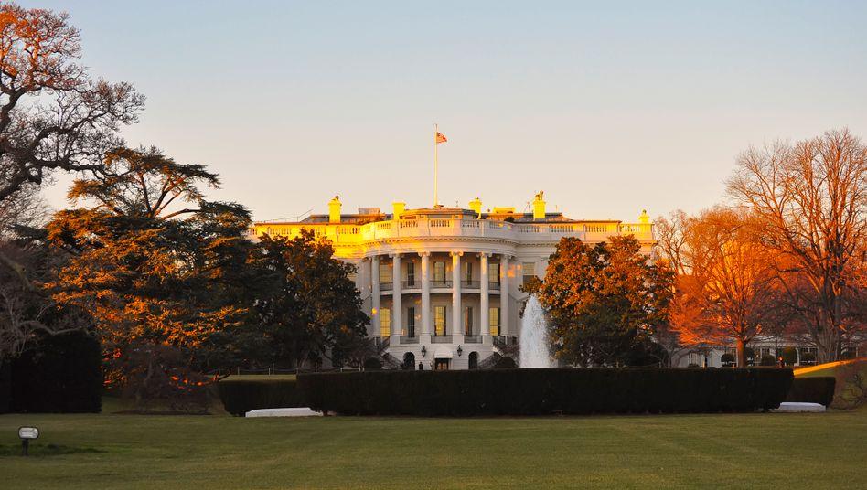 Kampf um das Weiße Haus: Die Betreiber der sozialen Netzwerke bereiten sich auf Störmanöver vor