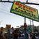 Tausende protestieren in Pakistan gegen wiederaufgelegte Mohammed-Karikaturen