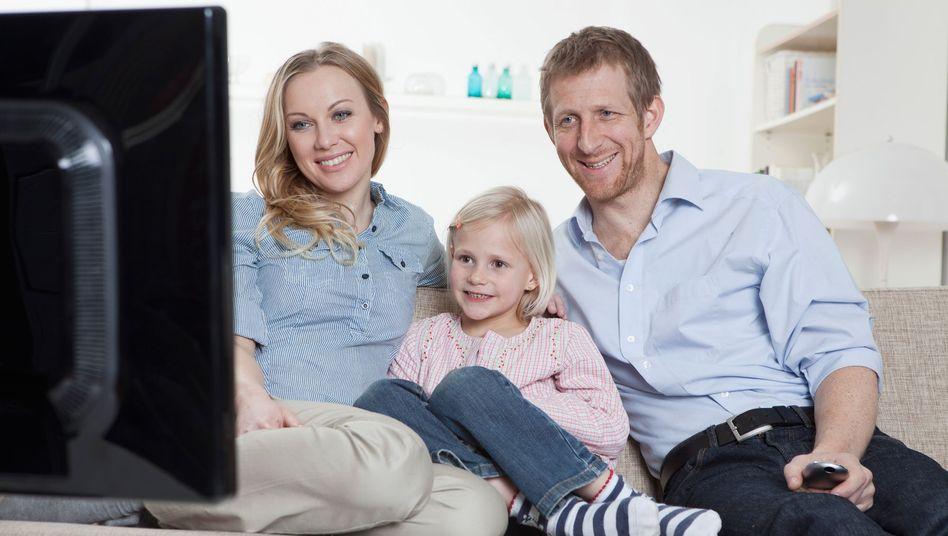 Kinder lernen von ihren Eltern: Wie viel und was wird im TV geschaut?