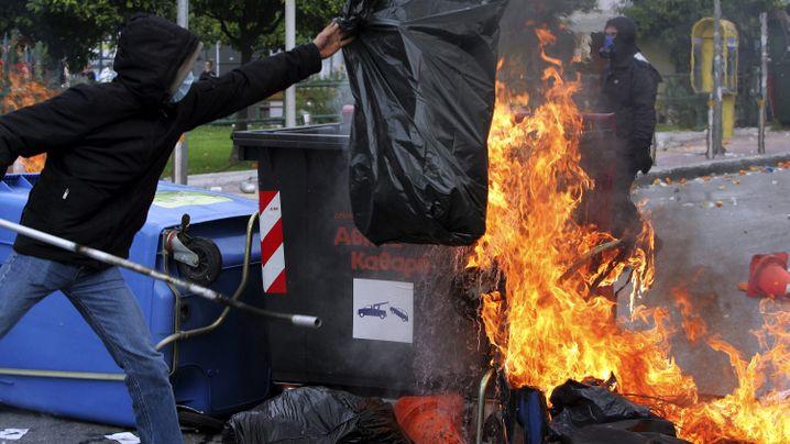 Jahrestag: Linke randalieren in Athen