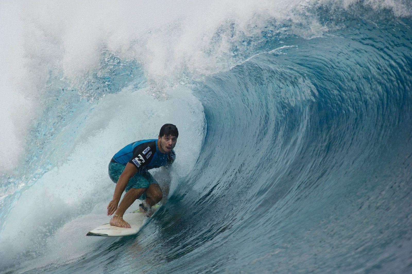 Surfer Dos Santos