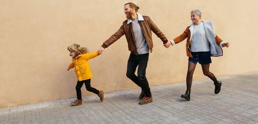 Eltern allein zu Haus: Wie Mütter und Väter es schaffen, mit dem Auszug der Kinder klarzukommen