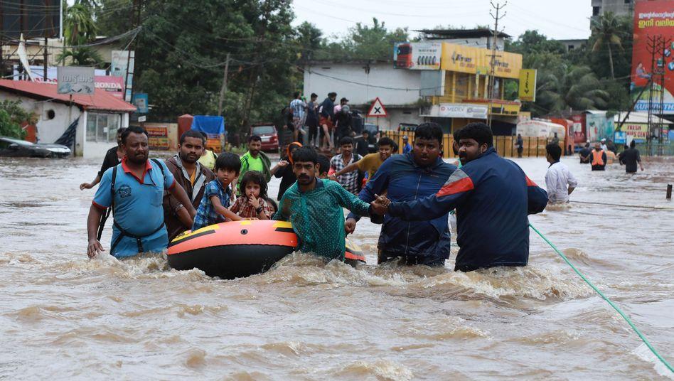 Jahrhundertflut im südindischen Kerala