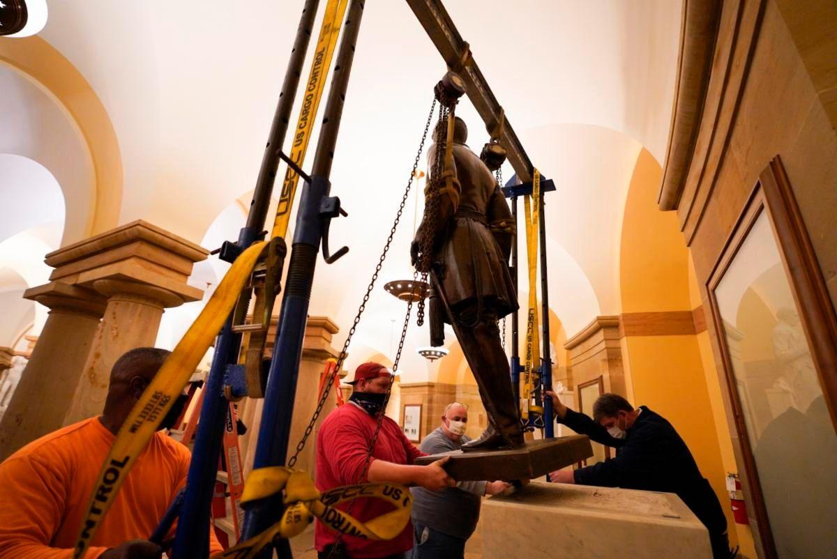 Statue von Südstaaten-General Lee aus US-Kapitol entfernt