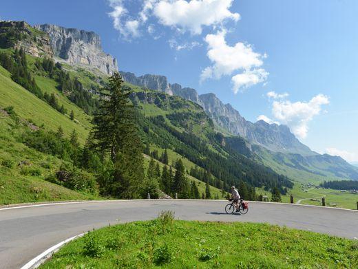 Klausenpass: Die Alpenpanorama-Route ist die Nummer vier der nationalen Schweizer Velorouten