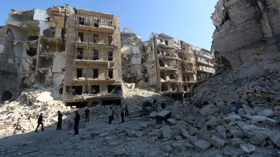 """Zerstörte Häuser in Aleppo (Archivbild): """"Die Menschen haben Todesangst"""""""