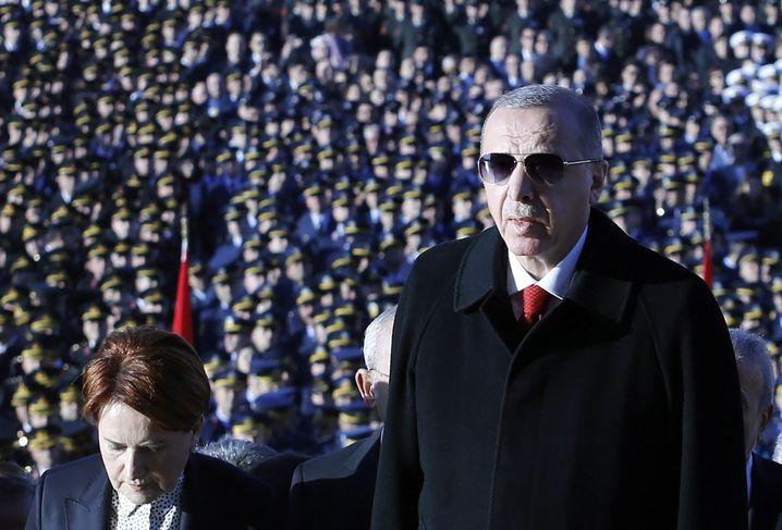 Präsident Erdogan: Fahndung nach Gülen-Anhängern in Deutschland