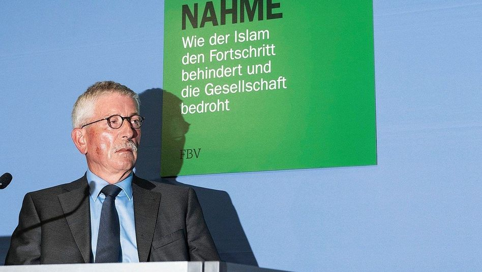 "Autor Sarrazin in Berlin: ""Stocksolide Zahlen"""