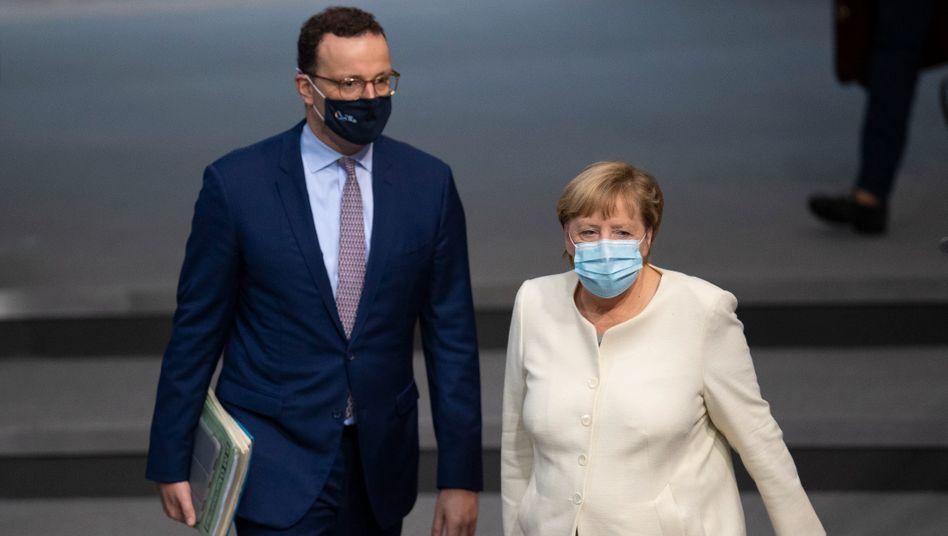 Gesundheitsminister Spahn und Kanzlerin Merkel am Dienstag im Bundestag
