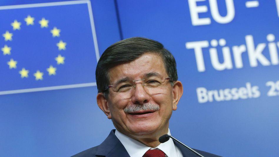 Der türkische Premierminister Ahmet Davutoglu in Brüssel: Fast alle Forderungen erfüllt