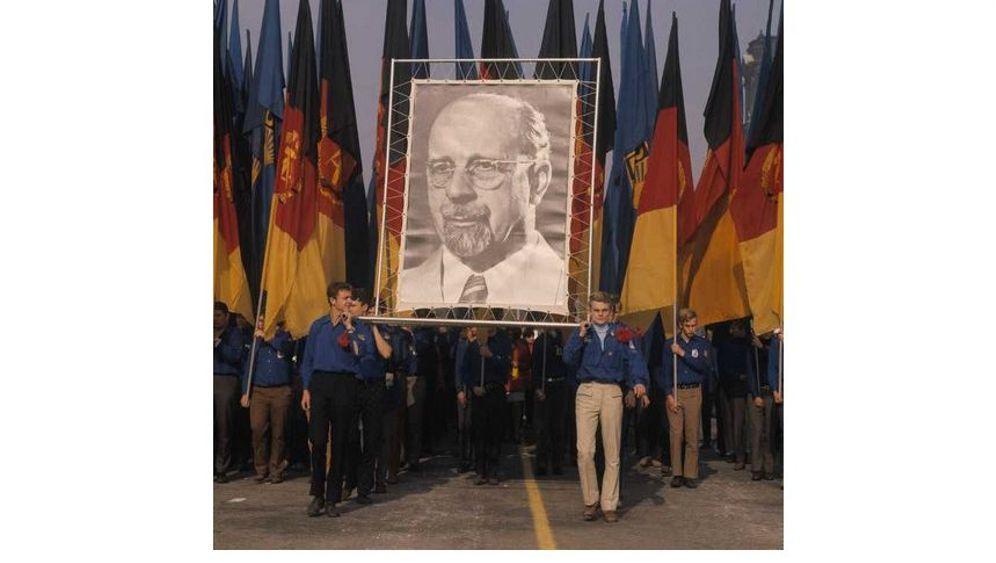 Von West nach Ost: Auf geheimen Kanälen in die DDR