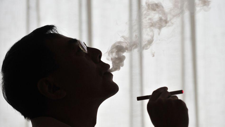 Dampf statt Rauch: Weniger Schadstoffe, aber auch weniger erforscht