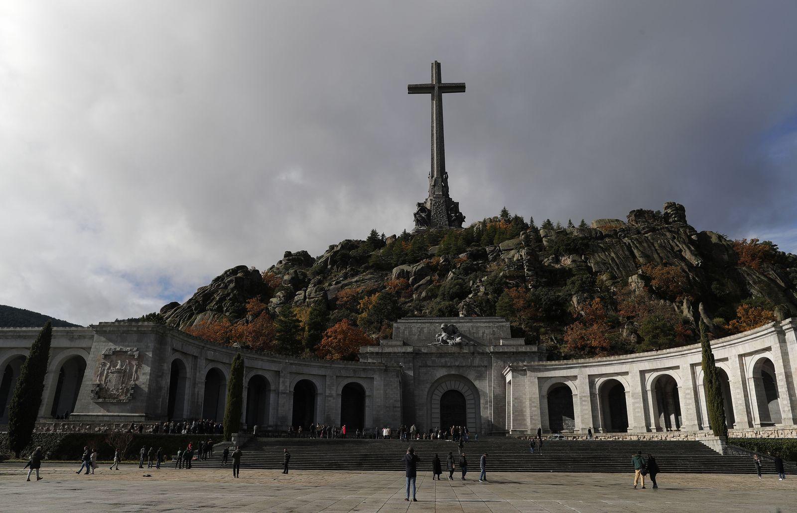 EINMALIGE VERWENDUNG Francisco Franco/ Mausoleum