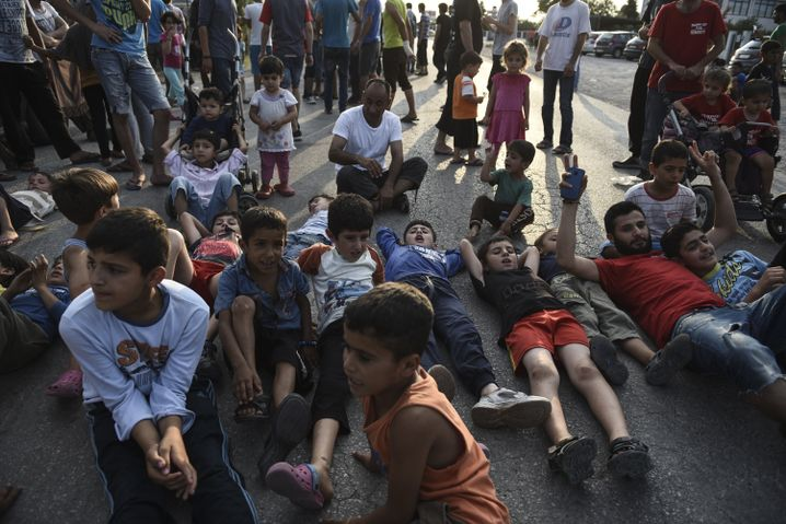 Flüchtlinge im Oreokastro-Camp nahe Thessaloniki