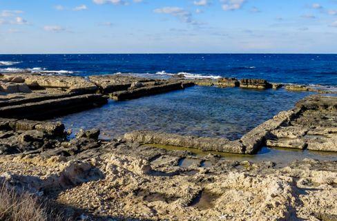 Ein Beleg für den früher stabilen Meeresspiegel: Fischbecken aus der Römerzeit an der italienischen Küste
