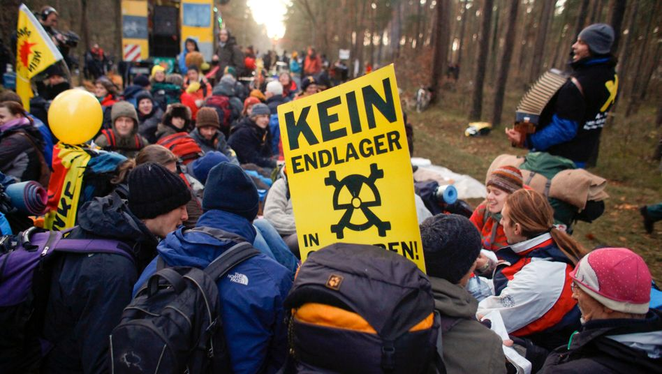 Proteste gegen einen Castor-Transport nach Gorleben (Archivbild)