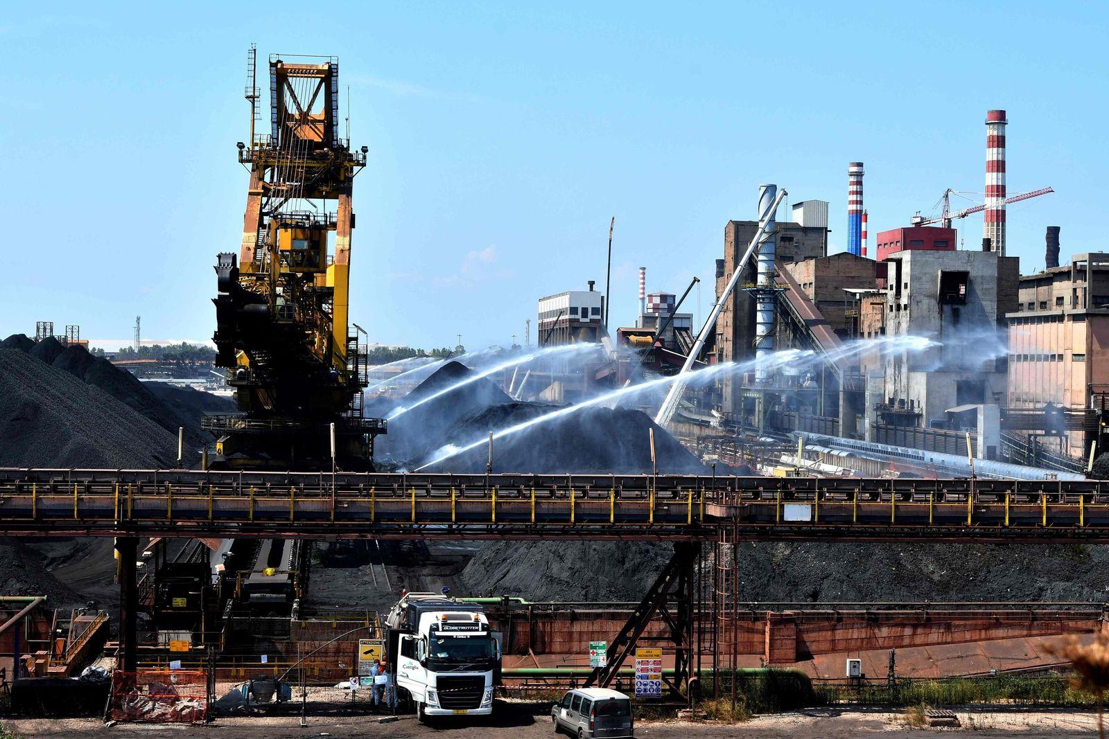ArcelorMittal steigt bei italienischem Stahlwerk aus