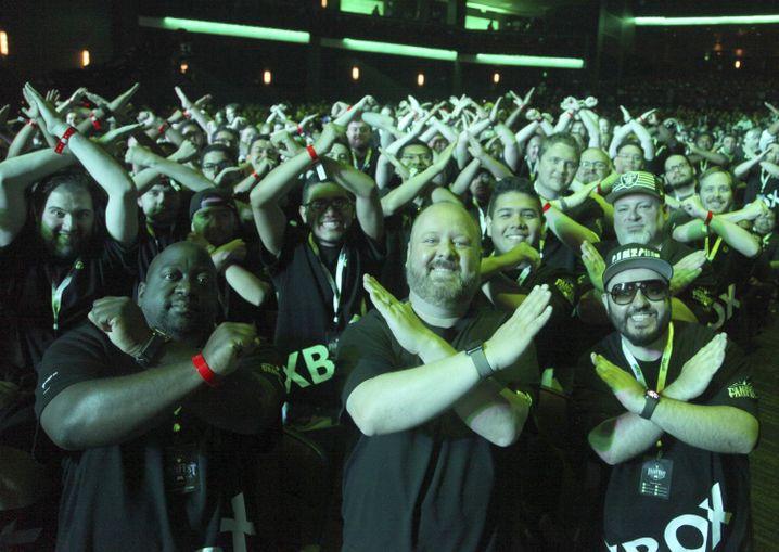 Alle mal ein X machen: Xbox-Fans in Los Angeles