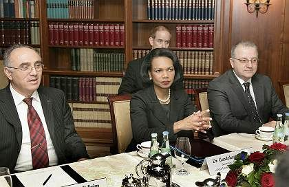 US Secretary of State Condoleezza Rice dropped into Berlin in February for a visit with representatives from the German Muslim community.