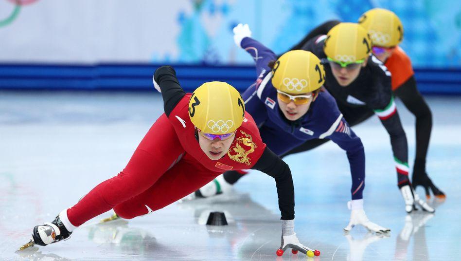 Shorttrackerin Zhou Yang (l.): Gold über 1500 Meter