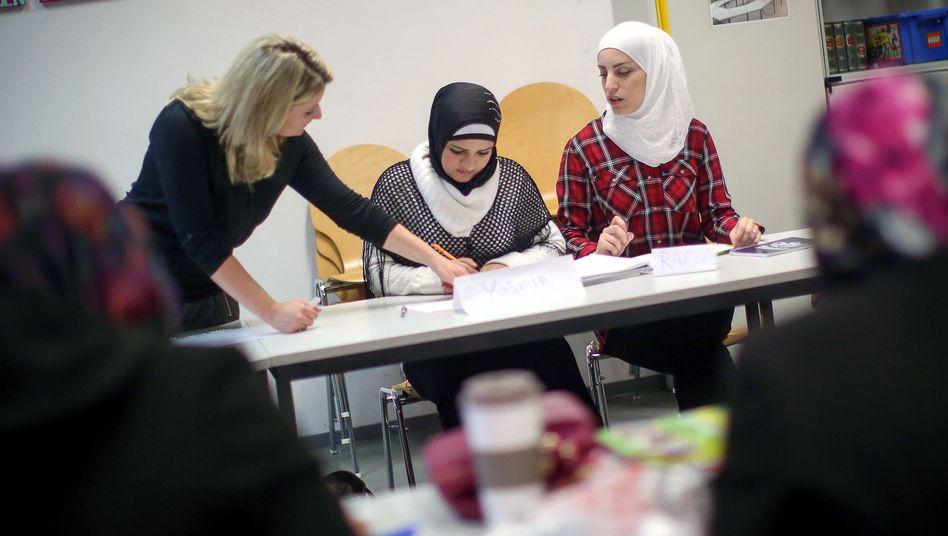 """""""Ausreichend Plätze"""": Integrationskurs für Frauen"""