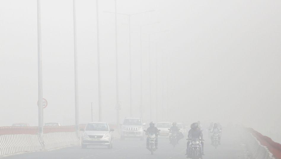 In indischen Städten wie Neu-Delhi werden Schadstoffgrenzwerte regelmäßig stark überschritten.
