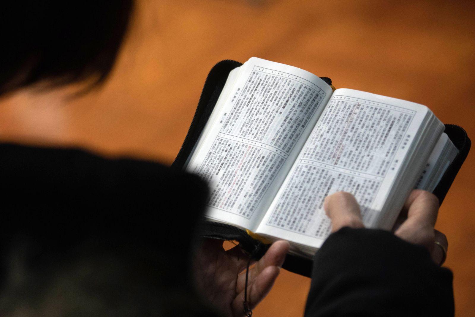 EINMALIGE VERWENDUNG Bibel/ China