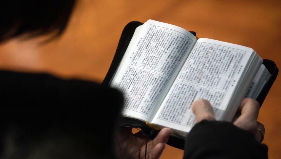 Bibel auf Chinesisch (Archivbild)