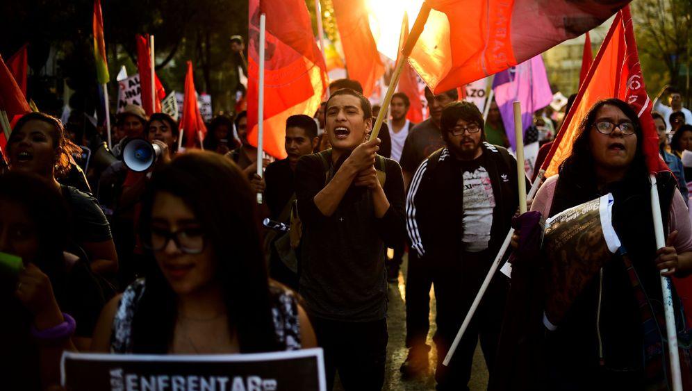 Mexiko: Land in Aufruhr