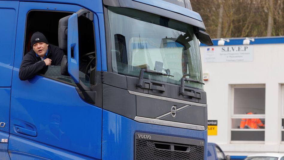 Britischer Lkw-Fahrer: Ohne Proviant über die Grenze (Symbolfoto)