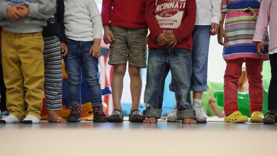 Kinder in der Kita: Forscher bemängeln Bedingungen für pädagogische Arbeit