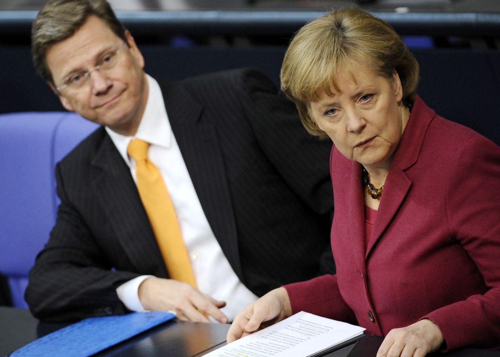 NICHT VERWENDEN Merkel_Westerwelle_im Bundestag
