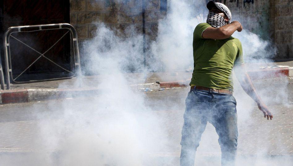 Proteste in Hebron: Zusammenstöße zwischen Palästinensern und Militär